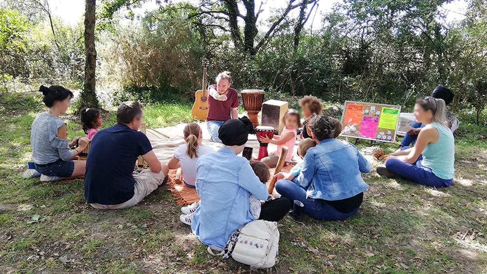 Atelier d'éveil musical parent-enfant en pleine nature, avec Happy Sapiens